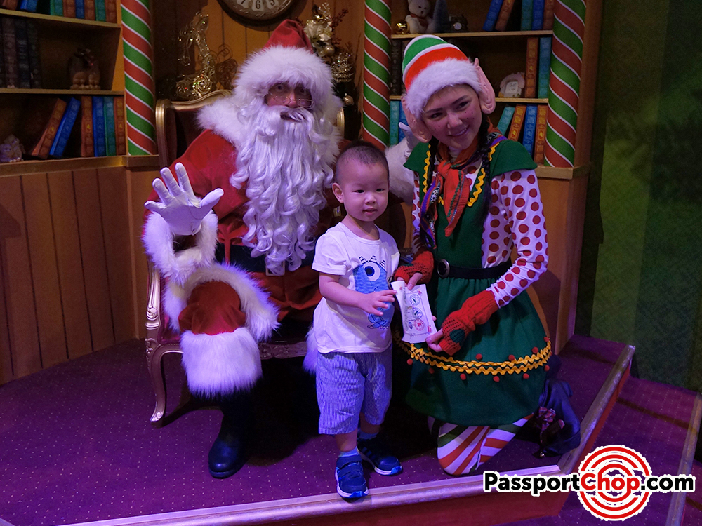 santa workshop universal studios singapore uss