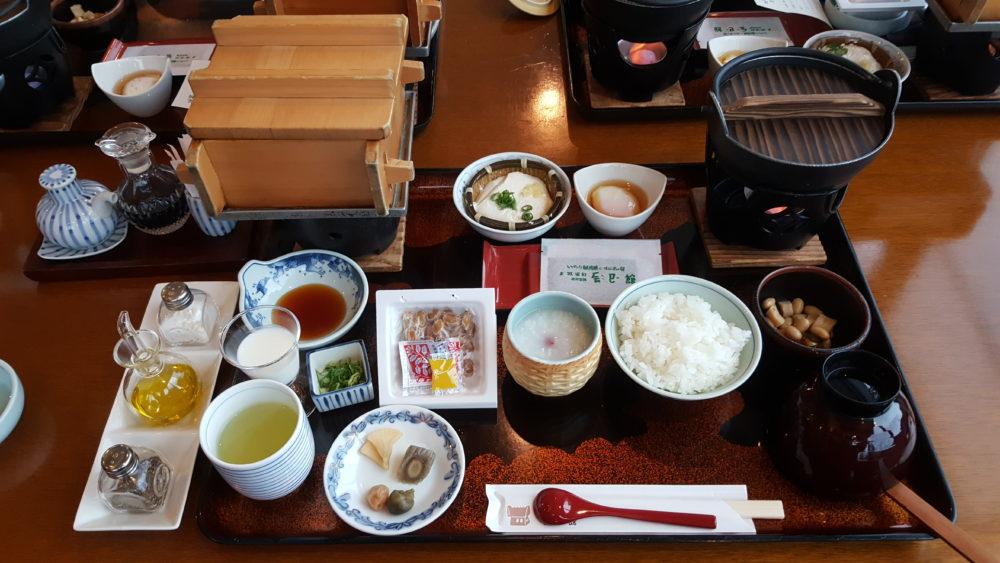 tatsumikan breakfast ryokan
