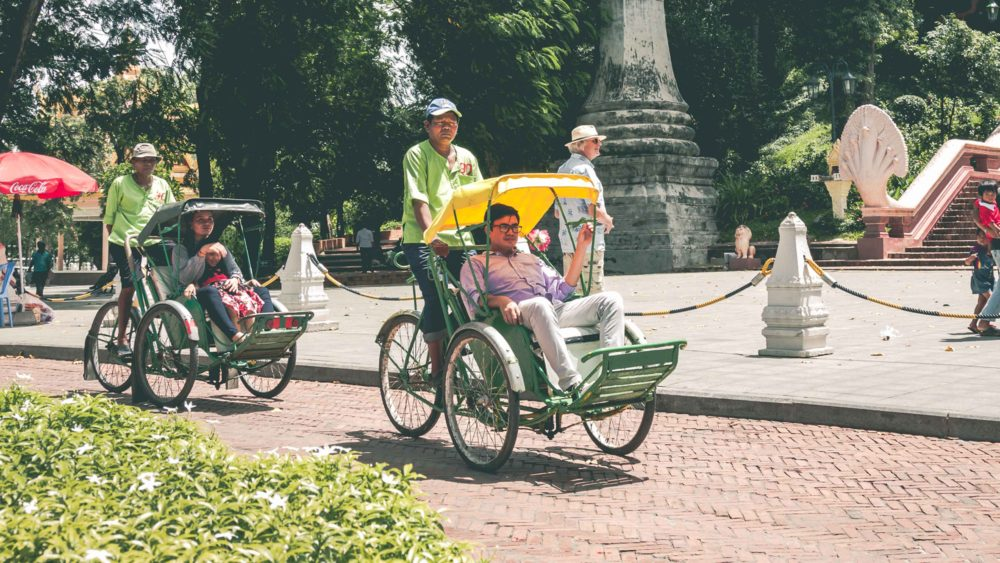 Cyclo Phnom Penh Tour
