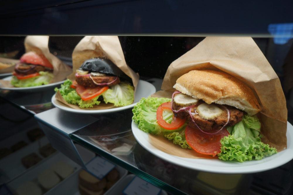 Tofu Burger Markthalle Neun Market Hall 9 Kreuzberg Tofu Burger